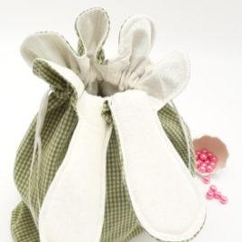 Aumônière vichy vert à oreilles pour chocolat de Pâques